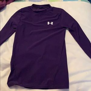 YOUTH HEAT GEAR UNDER ARMOUR SHIRT